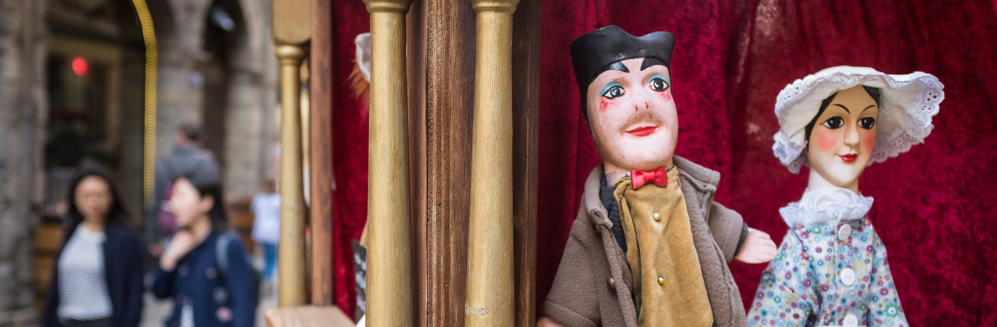 guignol puppet lyon review